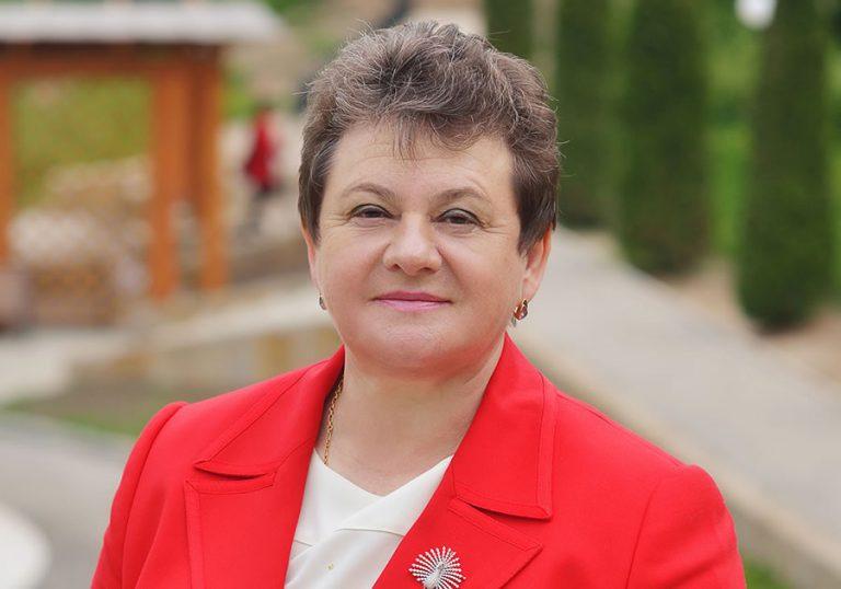 Губернатор Светлана Орлова учредила гранты для музеев